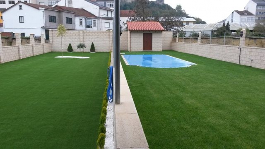 Cambio radical de jardin a base de cesped artificial - Cesped artificial jardin ...